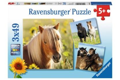 Ravensburger 08011 - Kedves lovak - 3 x 49 db-os puzzle