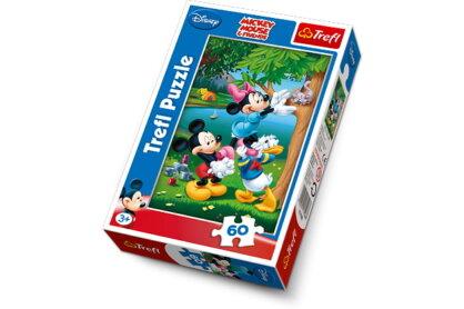 Trefl 17198 - Minnie egér cicát ment - 60 db-os puzzle